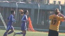Bayanlar Futbol Maçında Olay!