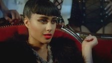 Lmfao Ft. Natalia Kills - Champagne Showers