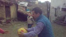 Köyden Karaler - Ailecek Basketbol - Osman Yeten Ve Ailesi)