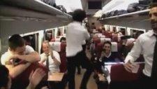 Arda'dan şaşırtan Gangnam Style!