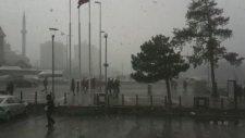 Kayseri'de Kar Yağıyor