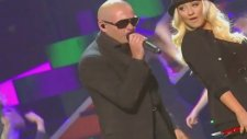 Pitbull ft. Christina Aguilera - Feel This Moment (Canlı Performans)