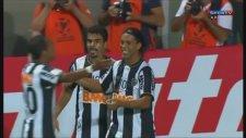 Ronaldinho'dan İnanılmaz Gol