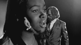 Snoop Lion Ft. Drake And Cori B. - No Guns Allowed