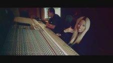 Nicki Minaj - Up In Flames