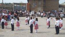 Çırpılar İlköğretim Okulunun 23 Nisan Gösterileri