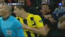 Lewandowski Real Kalesini Sarstığı An