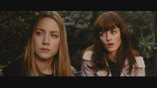 Violet & Daisy (2013) – Fragmanı