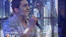 Farid Mammadov - Hold Me - İki Laf Edelim
