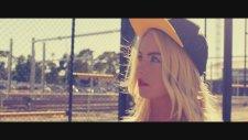 Adam Rickfors feat Marylin - Colors