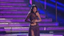 Selena Gomez - Come And Get İt Canlı Performans