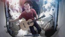 Uzay'daki ilk müzik videosu