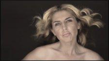 Meriç Demir Feat. Sevda Karababa - Ağlama (Official Video)