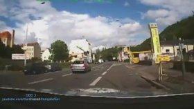 Polis Arabasıyla Makas - Motosiklet Takibi