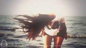 Fedde Le Grand & Nicky Romero Feat. Matthew Koma - Sparks ( Vicetone Remix )