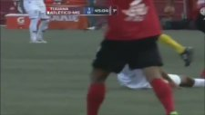 Ronaldinho'dan Sihirli Çalım!