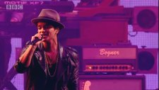 Bruno Mars - Just The Way You Are (Radio 1's Big Weekend Festivali))