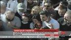 Ünlüler de destek için Taksim'de!