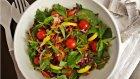 Otlu Sebze Salatası Tarifi