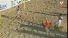 Plaj futbolunda müthiş röveşata golü