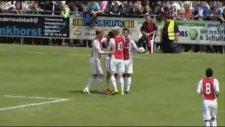 Ajaxlı gençten inanılmaz bir gol!