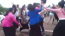 Kamboçya'da ergen kavgası!