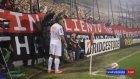 Ronaldinhonun korner atma çabası