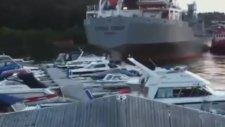 Marinada Yatlara Çarpan Yük Gemisi