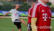 Robben Guardiola'dan tekmeyi yedi!