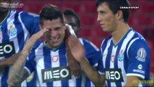 Genç Portolu Iturbe bu golle parmak ısırttı