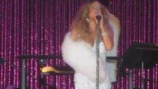 Mariah Carey - Looking In (Canlı Performans)