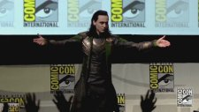 Comic Con – Tom Hiddleston Loki Canlı