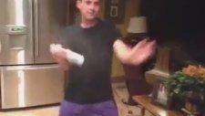 Dans ederek temizlik yapmak