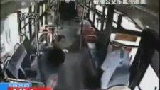 Bus Driver Beaten  (Otobüs Şofürüne Dayak)