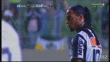 Ronaldinho'dan  Mükemmel Frikik Golü