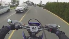 İnsanlık Abidesi Motosikletli