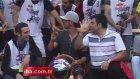 Kenan Sofuoğlu'ndan 'Rabia' işareti