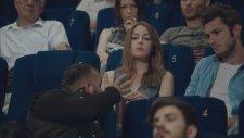 Sinemadaki Hırsızın Akıl Almaz Rahatlığı