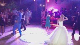 Düğün Dansı Diye Buna Denir