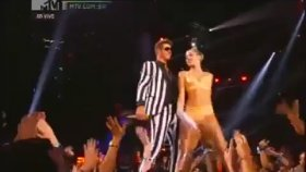 Miley Cyrus | Robin Thicke - We Can't Stop / Blurred Lines (Canlı Mtv)