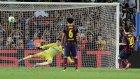 Lionel Messi Penaltı'yı Kaçırdı!
