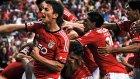 Benfica'dan müthiş frikik organizasyonu!