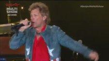 Bon Jovi - Raise Your Hands (Canlı Performans)