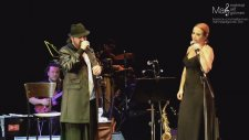 Halil Sezai & Zuhal Olcay - Kimse Bilmez (Canlı Performans)