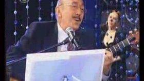 Özdemir Erdoğan - Zuhal Olcay - Aç Kapıyı Gir İçeri