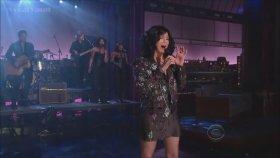 Cher - I Hope You Find It (Canlı Performans)