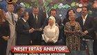 Başbakan Erdoğan, Neşet Ertaş anısına türkü söyledi!