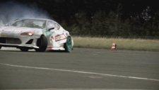 Toyota GT86 Drift New Guinness World Record 256km/h