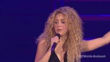 Shakira - Loca (Canlı Performans)