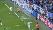 Cristiano Ronaldo Buffon'u Yerlerde Süründürdü!